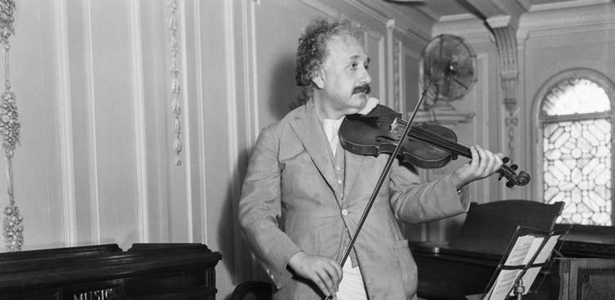 Einstein thought imagination was crucial. Robert and Talbot Trudeau/Flickr, CC BY-NC