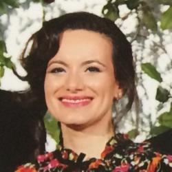 Dr Biljana  Savikj