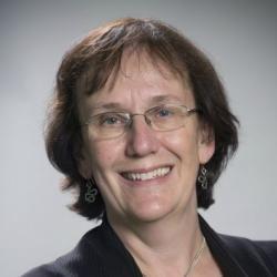 Dr Sheila  Watts